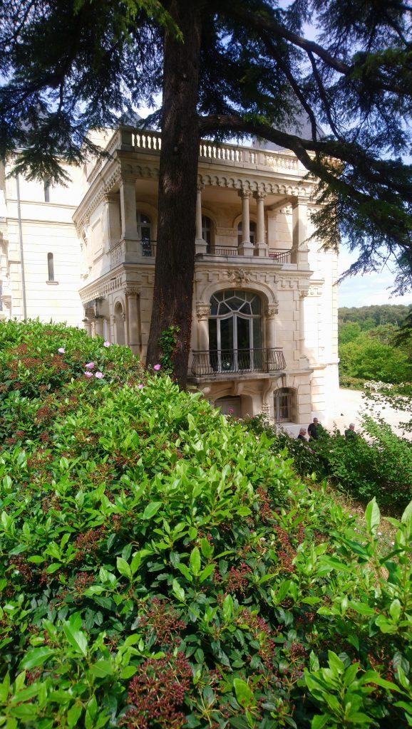 entrez au château de la Buzine